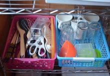 キッチン棚の様子。