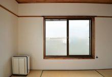 301号室・ベランダ窓