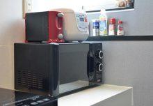 共用のキッチン家電。