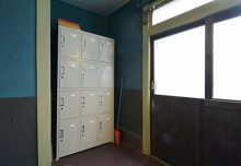 部屋ごとに割り振られた靴箱。